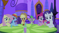 Twilight's friends surprised S2E25