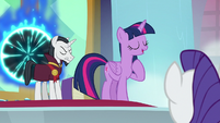 "Twilight ""going to do things differently"" S8E2"