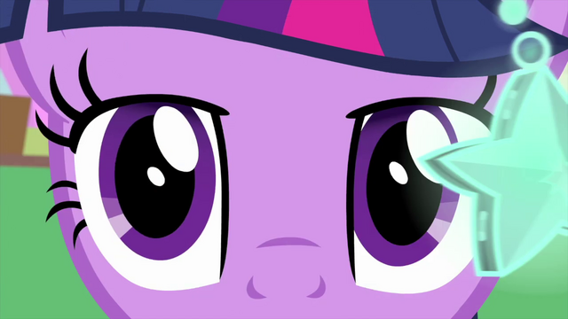 File:Twilight Sparkle's eyes start to droop MLPS4.png