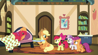 "Applejack ""more important than havin' fun"" S9E22"
