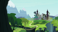 Castle of the Royal Pony Sisters S4E26