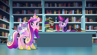 Flurry Heart, Cadance, and Twilight hears thunderstorm S6E2