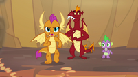 Smolder running toward the lava pit S9E9