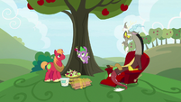 """Spike """"little riddles tied to the stem"""" S9E23"""