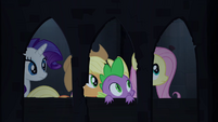 Spike and friends in castle corridor S4E03