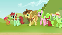 Babs and Apple family looking at Applejack S3E8