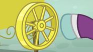 Claude spins the wheel S4E23