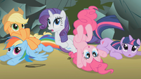 Main 5 surprised at Fluttershy S01E07