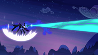 Nightmare Moon firing at Celestia S4E2