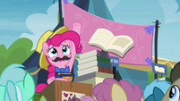 Pinkie -made Twilight the princess she is!- S4E22