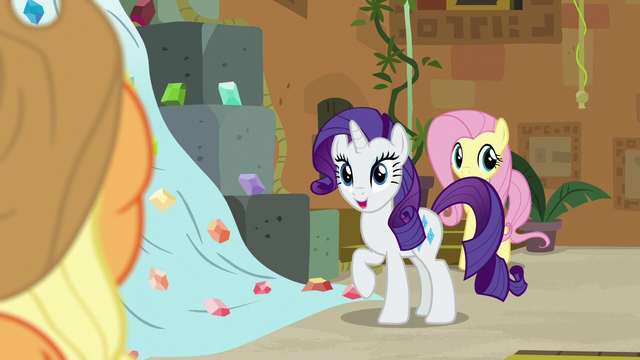"File:Rarity asking ""plum or boysenberry?"" S7E2.png"