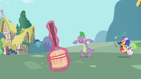Spike wants broom S2E10