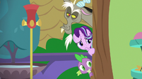 Starlight, Spike, and Discord watch Iron Will's class S8E15