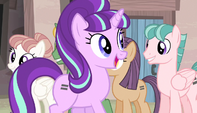 Starlight -let's see those big, happy smiles!- S5E1