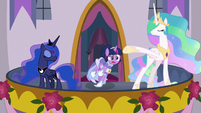 Twilight Sparkle tripping over her gown S9E26