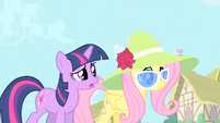 Twilight being a model S1E20