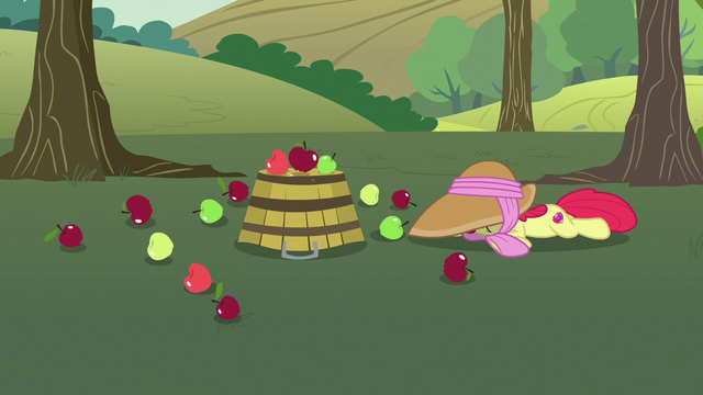 File:Apple Bloom falls over and drops her bucket S7E9.png