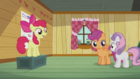 Apple Bloom sings -We've been searchin' for our cutie marks- S5E18