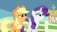 Applejack 'They're plenty close' S4E11