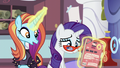 """Sassy """"in the hour since the magazine's come out"""" S5E14.png"""