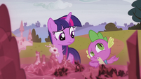 """Spike """"there's the whole missing castle thing"""" S5E25"""