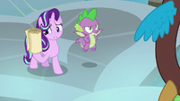 Starlight holding Twilight's instructions S8E15