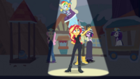 Sunset Shimmer holding a lump of coal CYOE9c