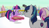 Twilight 'Anything about the Crystal Ponies powering the heart' S3E1