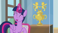 "Twilight Sparkle ""you'll love it!"" S9E7"