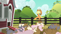"Applejack ""hustlin' out of the pen"" S6E10.png"
