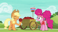 Applejack --the most important thing in the game-- S6E18