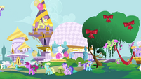 Decorating Canterlot S4E01