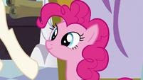 Pinkie smiling S5E14