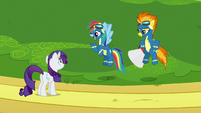 Rarity talks to Rainbow Dash and Spitfire S8E4