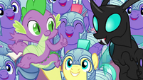Royal guards cheer for Spike and Thorax S6E16