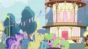S04E16 Ponyville i kucyki