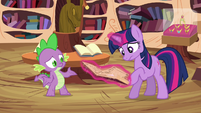 Twilight and Spike -just cast a counter spell- S03E13