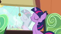 Twilight has faith in Spike as a leader S03E12