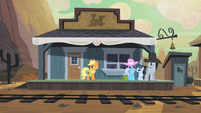 Applejack at the Dodge Junction train station S2E14