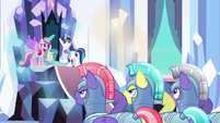 Crystal guards salute to Cadance and Shining S9E24