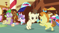 Spike sees Pound and Pumpkin fighting S7E3