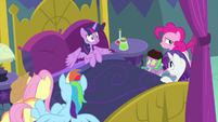 Twilight Sparkle starts feeling side effects MLPS2