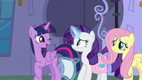 Twilight Sparkle winking at Rarity S9E24