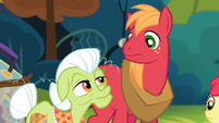 Big McIntosh and Granny Smith looking at each other S4E09
