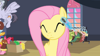 Fluttershy getting mascara S2E11