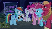 Rainbow Dash --what's happening--- S6E15
