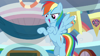 Rainbow Dash telling a story S8E12