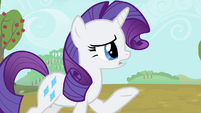 Rarity 'they really do grow apples here' S4E13