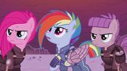 S05E25 Pinkamena, Rainbow i Maud w zmienionej rzeczywistości