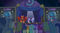 Trixie presents Starlight to the crowd S6E6